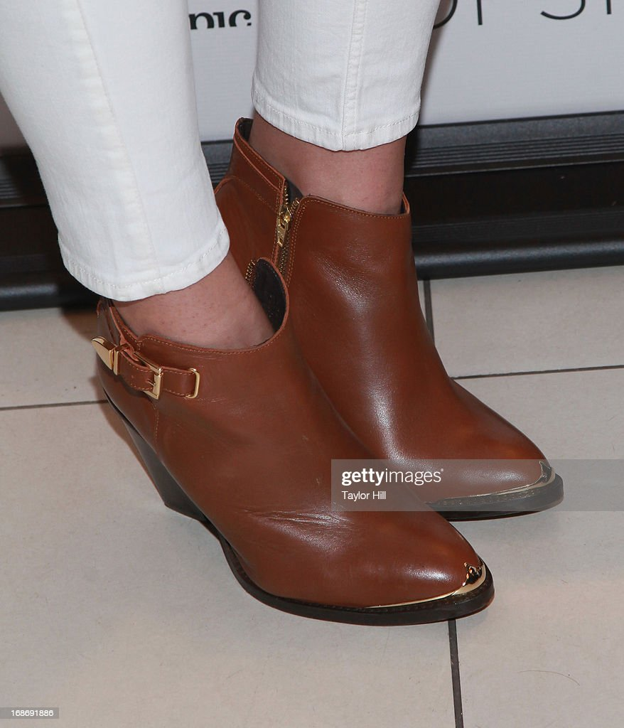Dinah-Jane Hansen (shoe detail) attends a photocall at TopShop SoHo on May 13, 2013 in New York City.