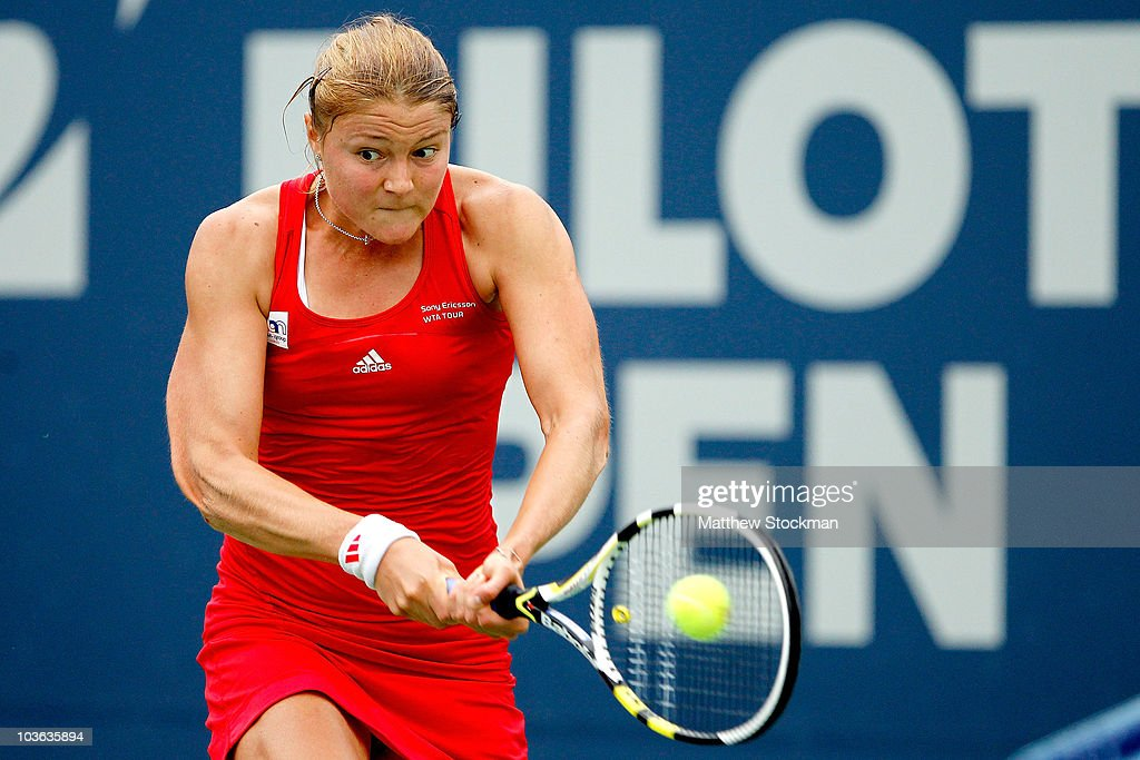 Dinara Safina of Russia returns a shot to Daniela Hantuchova of Slovakia during the Pilot Pen tennis tournament at the Connecticut Tennis Center on...