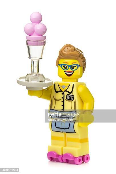 Restaurant Serveuse en figurines Lego échangent de