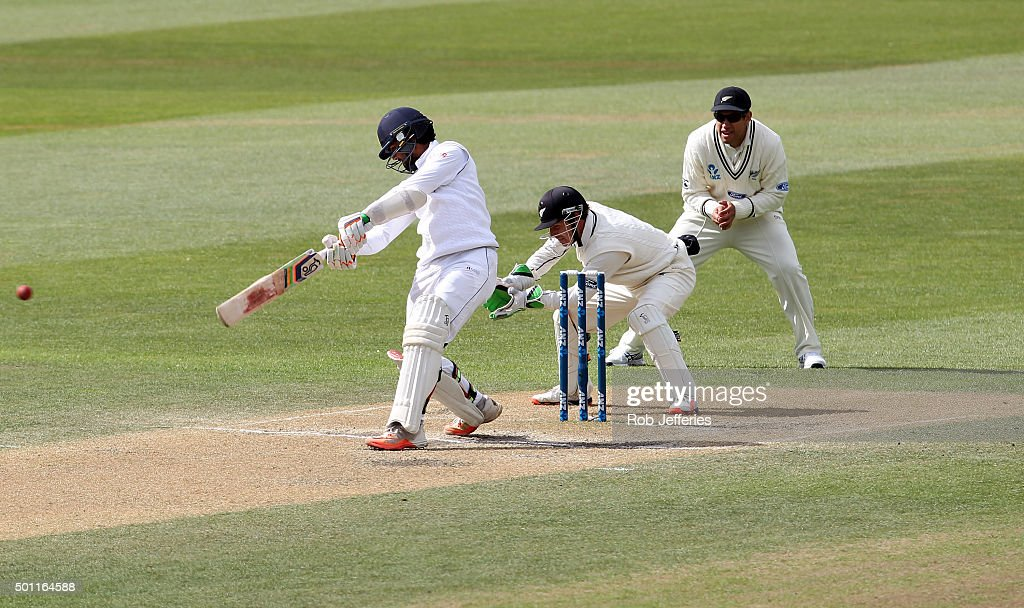 Dinesh Chandimal of Sri Lanka bats during day four of the First Test match between New Zealand and Sri Lanka at University Oval on December 13, 2015 in Dunedin, New Zealand.