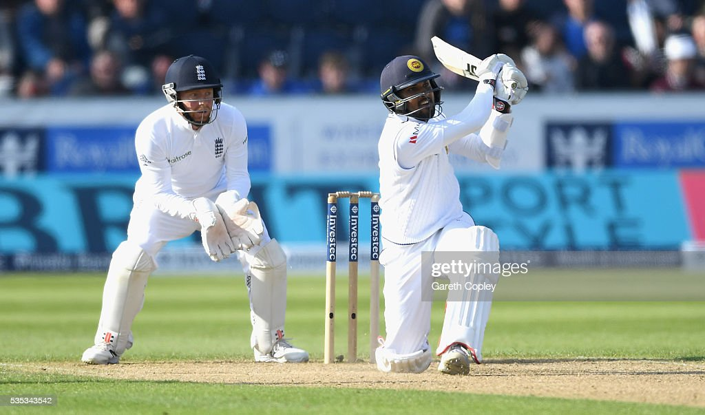 <a gi-track='captionPersonalityLinkClicked' href=/galleries/search?phrase=Dinesh+Chandimal&family=editorial&specificpeople=4884949 ng-click='$event.stopPropagation()'>Dinesh Chandimal</a> of Sri Lanka bats during day three of the 2nd Investec Test match between England and Sri Lanka at Emirates Durham ICG on May 29, 2016 in Chester-le-Street, United Kingdom.