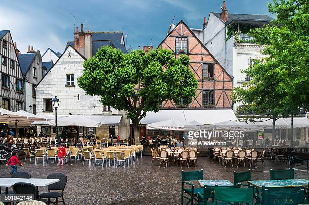 Dining Alfresco in Tours