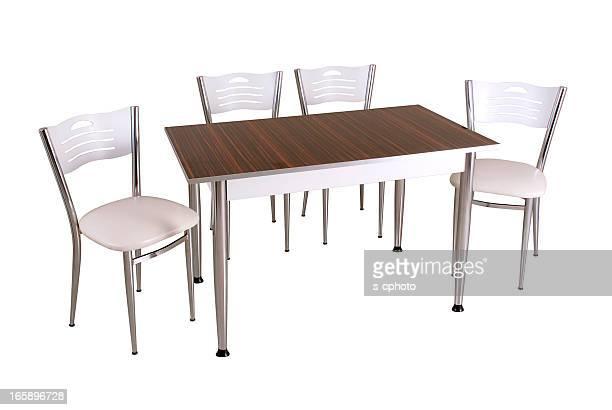 Esstisch und Stühle (Klicken Sie hier, um weitere Informationen)