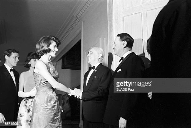Dinner At The Embassy Of France For The First Of The Joconde In America En janvier 1963 Aux EtasUnis lors d'une soirée à l'ambassade de France à...
