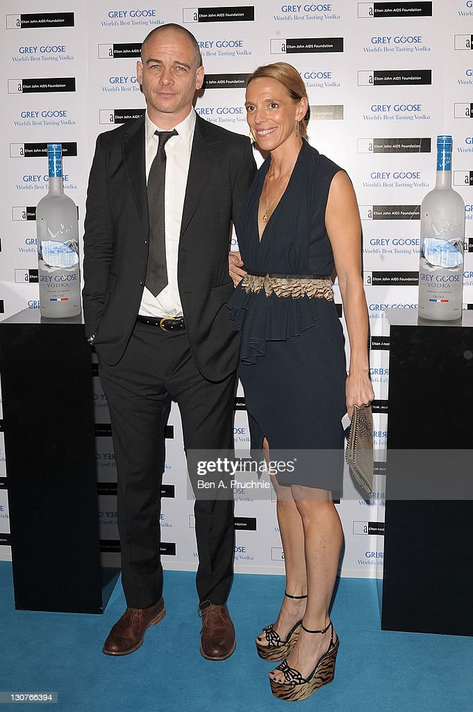<a gi-track='captionPersonalityLinkClicked' href=/galleries/search?phrase=Dinos+Chapman&family=editorial&specificpeople=1714278 ng-click='$event.stopPropagation()'>Dinos Chapman</a> attends the Grey Goose Winter Ball at Battersea Park on October 29, 2011 in London, England.