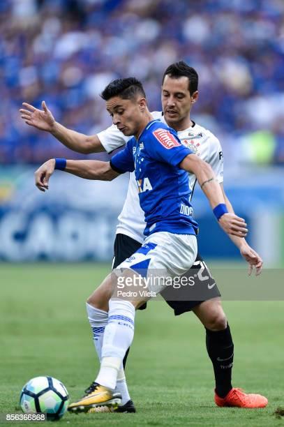 Diogo Barbosa of Cruzeiro and Rodriguinho of Corinthians battle for the ball during a match between Cruzeiro and Corinthians as part of Brasileirao...