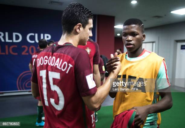 Diogo Dalot of Portugal shakes hands with Florentino Luis of Portugal prior to the FIFA U20 World Cup Korea Republic 2017 Quarter Final match between...