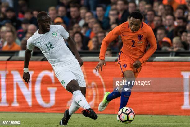 Diomande Ismael of Ivory Coast Kenny Tete of The Netherlandsduring the friendly match between The Netherlands and Ivory Coast at the Kuip on June 4...