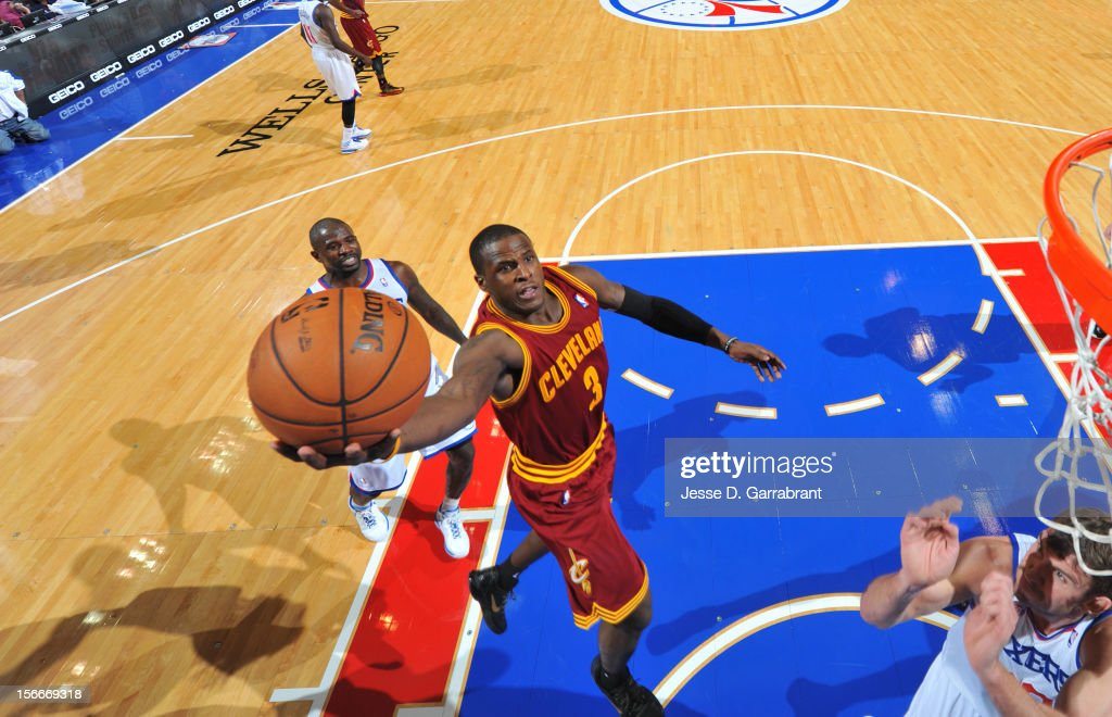 Dion Waiters #3 of the Cleveland Cavaliers drives to the basket against the Philadelphia 76ers at the Wells Fargo Center on November 18, 2012 in Philadelphia, Pennsylvania.