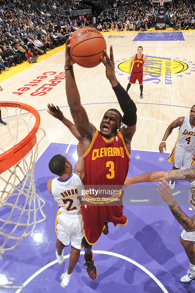 Dion Waiters #3 of the Cleveland Cavaliers drives to the basket against the Los Angeles Lakers at Staples Center on January 13, 2013 in Los Angeles, California.