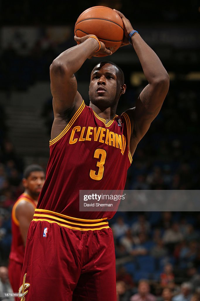 Dion Waiters #3 of the Cleveland Cavaliers shoots the ball against the Minnesota Timberwolves on November 13, 2013 at Target Center in Minneapolis, Minnesota.