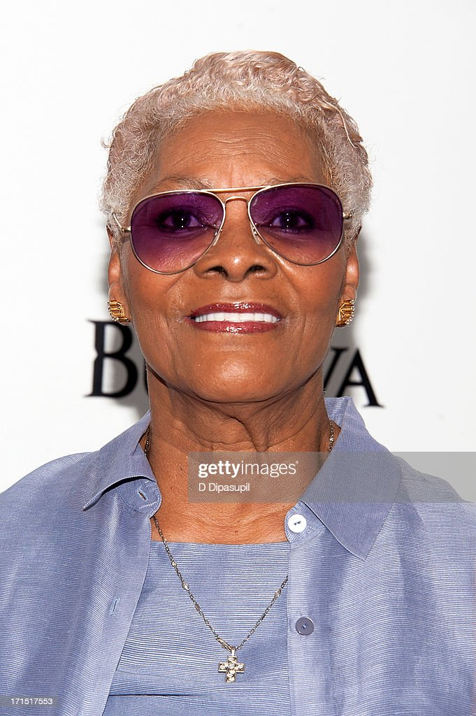 <a gi-track='captionPersonalityLinkClicked' href=/galleries/search?phrase=Dionne+Warwick&family=editorial&specificpeople=213111 ng-click='$event.stopPropagation()'>Dionne Warwick</a> attends the 'White House Down' premiere at the Ziegfeld Theater on June 25, 2013 in New York City.