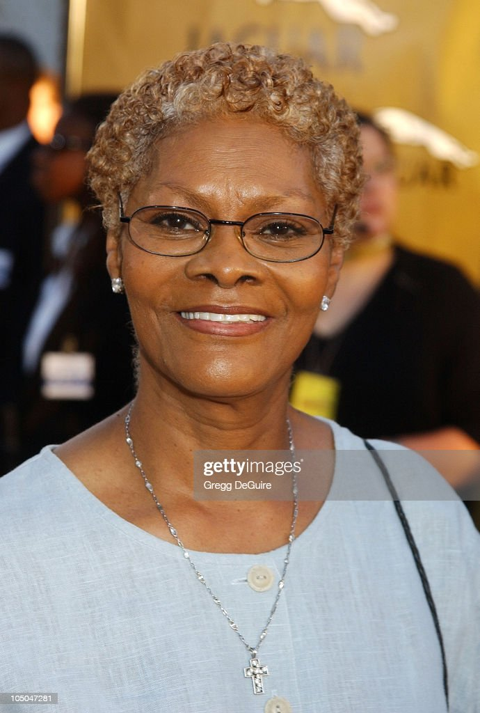 <a gi-track='captionPersonalityLinkClicked' href=/galleries/search?phrase=Dionne+Warwick&family=editorial&specificpeople=213111 ng-click='$event.stopPropagation()'>Dionne Warwick</a> during 'Austin Powers In Goldmember' Premiere at Universal Amphitheatre in Universal City, California, United States.