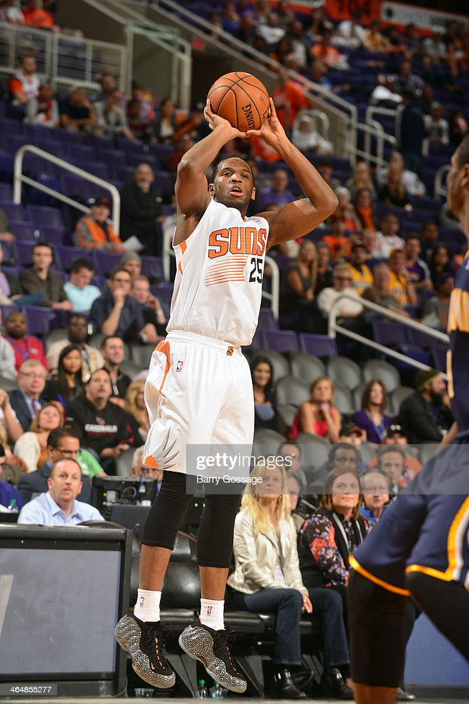 <a gi-track='captionPersonalityLinkClicked' href=/galleries/search?phrase=Dionte+Christmas&family=editorial&specificpeople=4091611 ng-click='$event.stopPropagation()'>Dionte Christmas</a> #25 of the Phoenix Suns shoots against the Indiana Pacers on January 22, 2014 at U.S. Airways Center in Phoenix, Arizona.