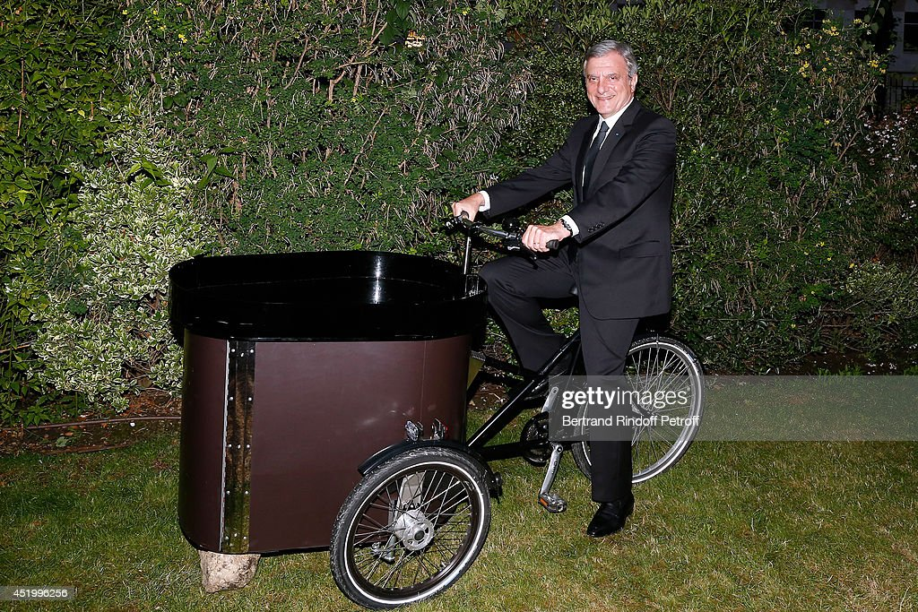 Dior and member of the executive committee of the French Federation of couture and ready-to-wear, Sidney Toledano attends the 'Chambre Syndicale de la Haute Couture' Cocktail, to celebrate the end of the Paris Fashion Week. Held at Hotel Salomon de Rothschild on July 10, 2014 in Paris, France.