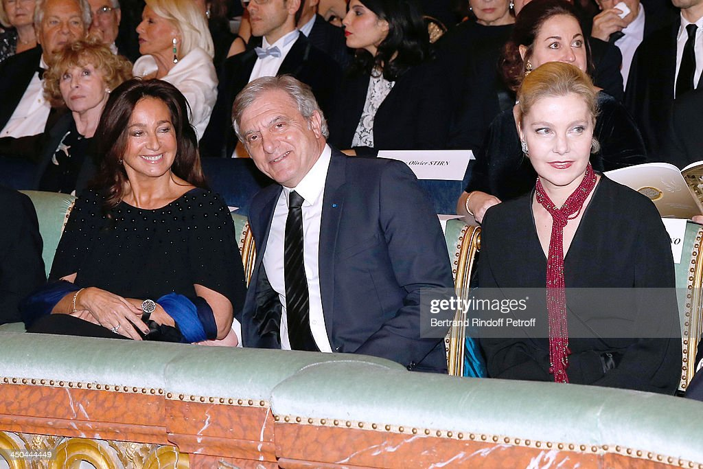 Dior Sidney Toledano (C) with his wife Katia Toledano (L) and the wife of Ambassador of Italia, Giandominico Magliano (R) attend Pasteur-Weizmann Gala at Chateau de Versailles on November 18, 2013 in Versailles, France.