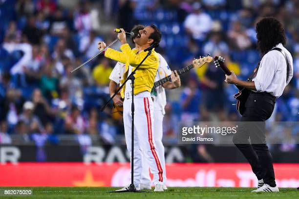 'Dios Salve a la Reina' band performs as Queen at halftime during the La Liga match between Espanyol and Levante at CornellaEl Prat stadium on...