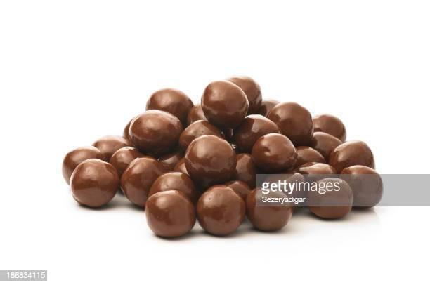 Schokolade getaucht peanuts