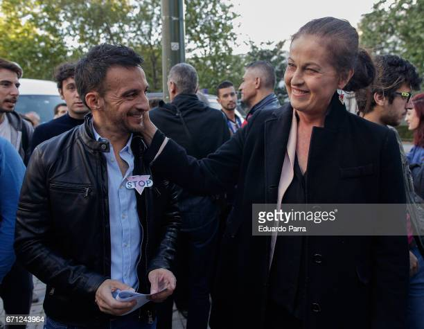 Director Alejandro Amenabar and Carla Antonelli attend a demonstration to support LGTB in Chechenya at Russian embassy in Madrid on April 21 2017 in...
