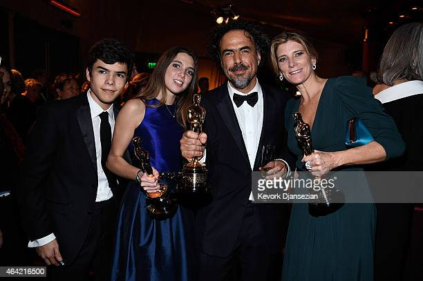 Director Alejandro Gonzalez Inarritu winner of Best Original Screenplay Best Director and Best Motion Picture for 'Birdman' poses with family at the...