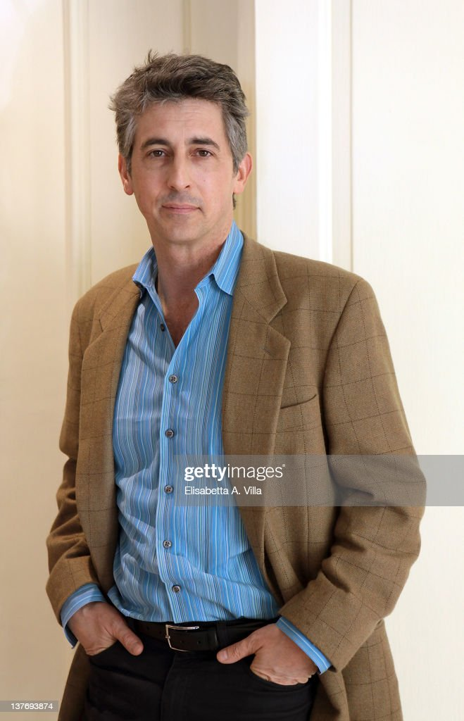 Director <a gi-track='captionPersonalityLinkClicked' href=/galleries/search?phrase=Alexander+Payne&family=editorial&specificpeople=202578 ng-click='$event.stopPropagation()'>Alexander Payne</a> attends 'The Descendants' photocall at Eden Hotel on January 25, 2012 in Rome, Italy.