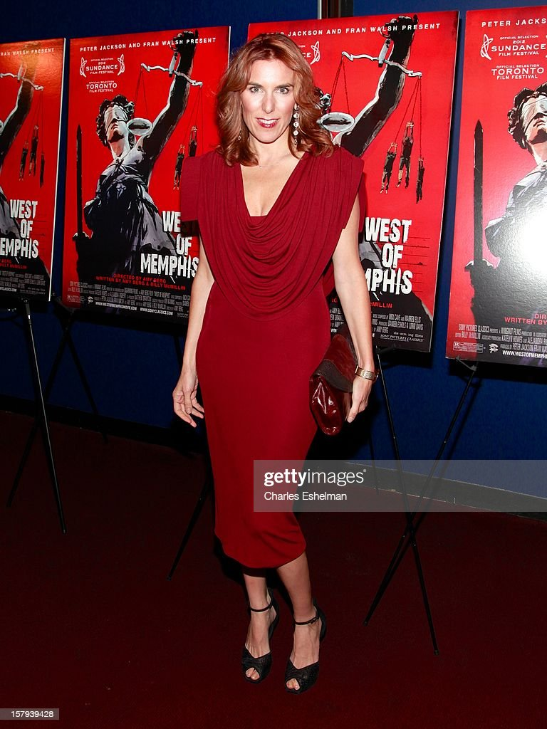 Director <a gi-track='captionPersonalityLinkClicked' href=/galleries/search?phrase=Amy+Berg&family=editorial&specificpeople=581755 ng-click='$event.stopPropagation()'>Amy Berg</a> attends the 'West Of Memphis' premiere at Florence Gould Hall on December 7, 2012 in New York City.