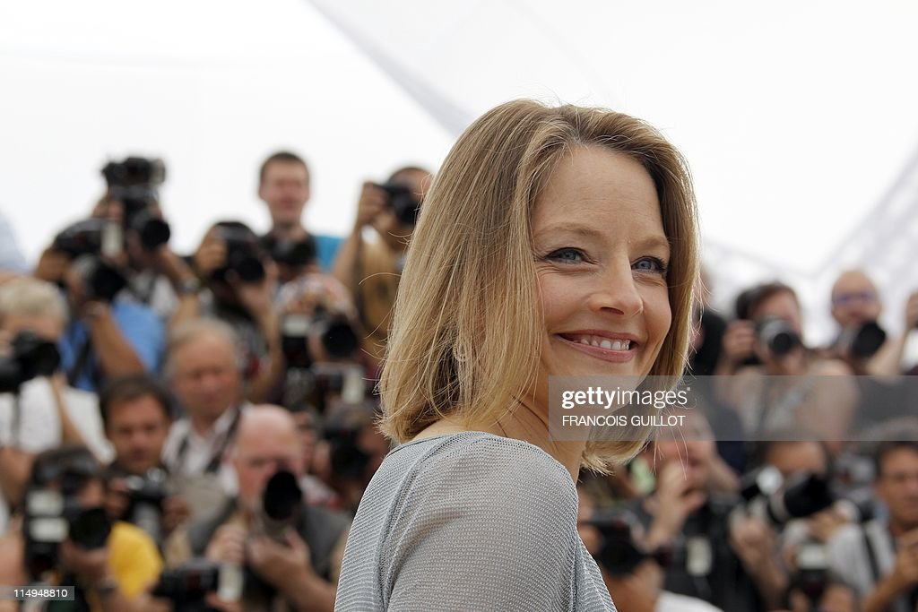 US director and actress Jodie Foster poses during the photocall of 'The Beaver' presented out of competiton at the 64th Cannes Film Festival on May 18, 2011 in Cannes.