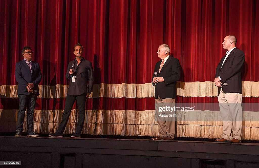 Director <a gi-track='captionPersonalityLinkClicked' href=/galleries/search?phrase=Anthony+Russo+-+Director+de+filme&family=editorial&specificpeople=4700486 ng-click='$event.stopPropagation()'>Anthony Russo</a>, producer Mitch Bell, Georgia Governor <a gi-track='captionPersonalityLinkClicked' href=/galleries/search?phrase=Nathan+Deal&family=editorial&specificpeople=2365923 ng-click='$event.stopPropagation()'>Nathan Deal</a>, and Georgia Department of Economic Development Commissioner Chris Carr onstage at 'Captain America: Civil War' Atlanta Cast & Filmmakers screening at The Fox Theatre on May 1, 2016 in Atlanta, Georgia.