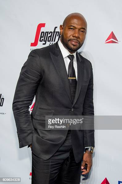Director Antoine Fuqua attends Friars Club honors Martin Scorsese with Entertainment Icon Award at Cipriani Wall Street on September 21 2016 in New...