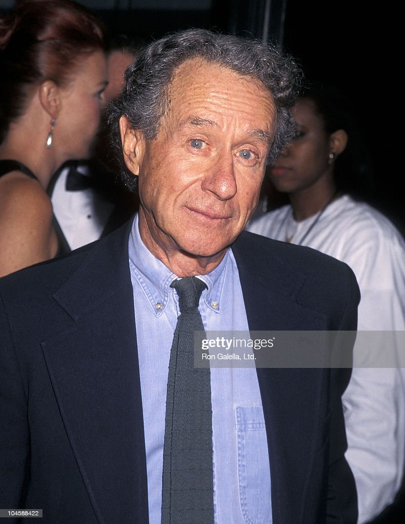 Director Arthur Penn attends the Sixth Annual Independent Film Project Gotham Awards on September 17 1996 at Roseland in New York City