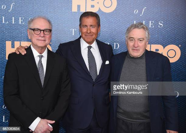 Director Barry Levinson Richard Plepler and Robert De Niro attend the 'The Wizard Of Lies' New York Premiere at The Museum of Modern Art on May 11...