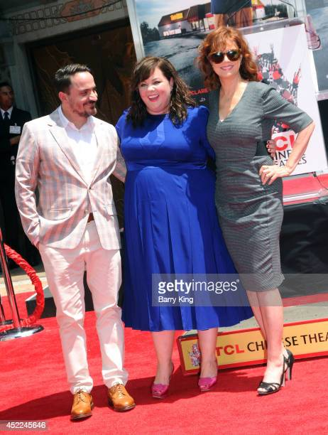 Director Ben Falcone actress Melissa McCarthy and actress Susan Sarandon attend McCarthy's hand and footprint ceremony on July 2 2014 at TCL Chinese...