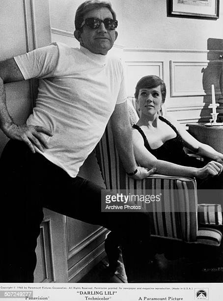 Director Blake Edwards and actress Julie Andrews on the set of the movie 'Darling Lili' 1968