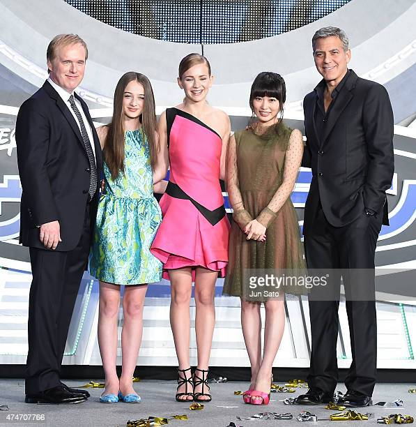 Director Brad Bird Raffey Cassidy Britt Robertson Mirai Shida and George Clooney attend the Tokyo premiere of 'Tomorrowland' at Roppongi Hills on May...
