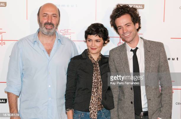 Director Cedric Klapisch actors Audrey Tautou and Romain Duris attends the 'Casse Tete Chinois' Paris Premiere at Le Grand Rex on November 10 2013 in...