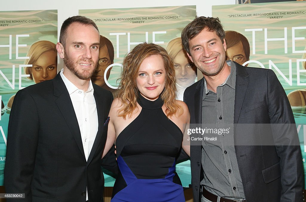 Director <a gi-track='captionPersonalityLinkClicked' href=/galleries/search?phrase=Charlie+McDowell&family=editorial&specificpeople=591688 ng-click='$event.stopPropagation()'>Charlie McDowell</a>, actor <a gi-track='captionPersonalityLinkClicked' href=/galleries/search?phrase=Elisabeth+Moss&family=editorial&specificpeople=3079265 ng-click='$event.stopPropagation()'>Elisabeth Moss</a> and <a gi-track='captionPersonalityLinkClicked' href=/galleries/search?phrase=Mark+Duplass&family=editorial&specificpeople=572703 ng-click='$event.stopPropagation()'>Mark Duplass</a> attend 'The One I Love' New York Screening at the Crosby Street Theater on August 5, 2014 in New York City.