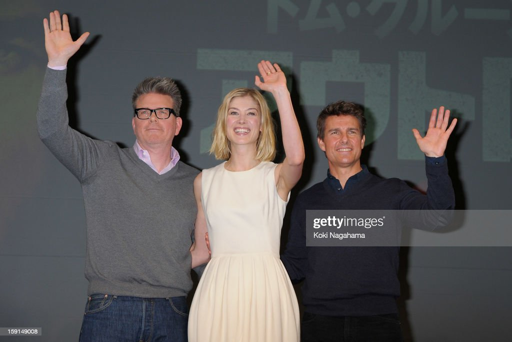 Director Christopher McQuarrie, actress <a gi-track='captionPersonalityLinkClicked' href=/galleries/search?phrase=Rosamund+Pike&family=editorial&specificpeople=208910 ng-click='$event.stopPropagation()'>Rosamund Pike</a> and actor <a gi-track='captionPersonalityLinkClicked' href=/galleries/search?phrase=Tom+Cruise&family=editorial&specificpeople=156405 ng-click='$event.stopPropagation()'>Tom Cruise</a> attend the 'Jack Reacher' press conference at the Ritz Carlton Tokyo on January 9, 2013 in Tokyo, Japan.