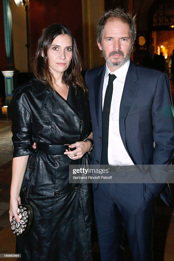 Director Christopher Thompson and his wife actress Geraldine Pailhas - Designer Alber Elbaz pays tribute to Cesar Baldaccini by an Evening Pic-Nic at the Ecole Nationale Superieure des Beaux Arts de Paris on October 25, 2013 in Paris, France.