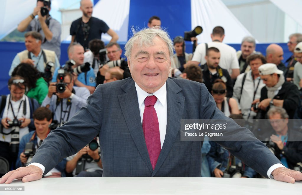 Director <a gi-track='captionPersonalityLinkClicked' href=/galleries/search?phrase=Claude+Lanzmann&family=editorial&specificpeople=2464586 ng-click='$event.stopPropagation()'>Claude Lanzmann</a> attends the 'Le Dernier Des Injustes' photocall during the 66th Annual Cannes Film Festival at the Palais des Festivals on May 19, 2013 in Cannes, France.