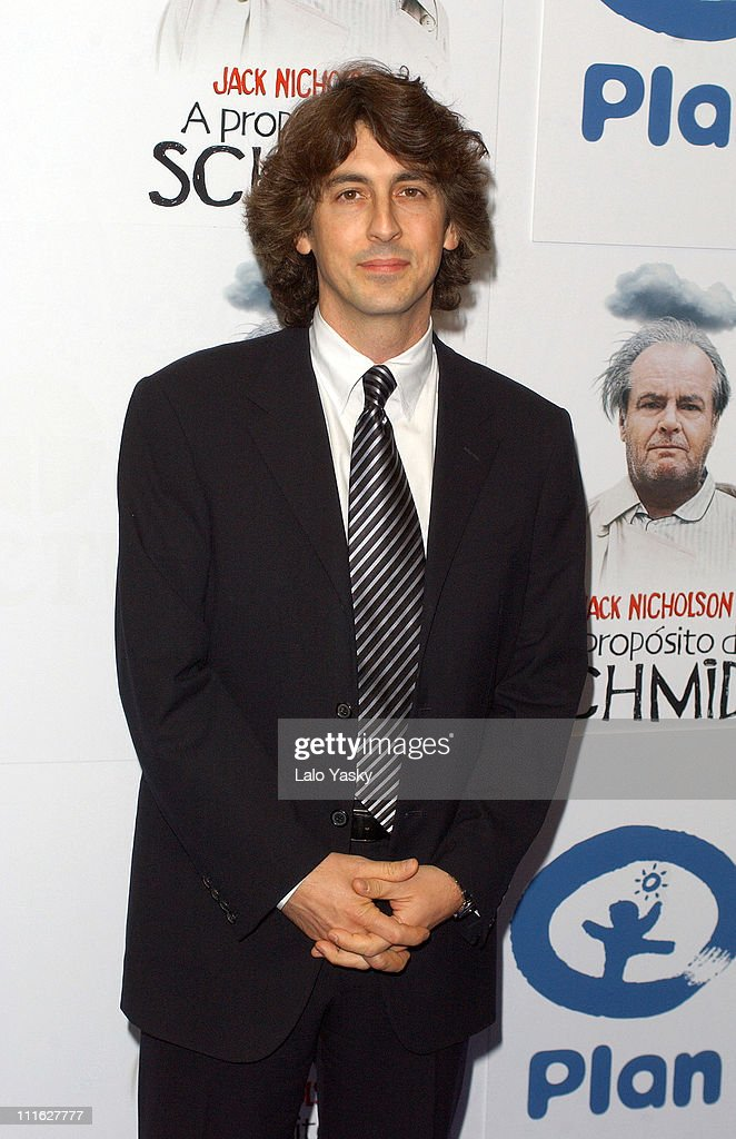 Director / co-screenwriter <a gi-track='captionPersonalityLinkClicked' href=/galleries/search?phrase=Alexander+Payne&family=editorial&specificpeople=202578 ng-click='$event.stopPropagation()'>Alexander Payne</a> during 'About Schmidt' Premiere - Madrid at Palacio de la Musica Cinema in Madrid, Spain.