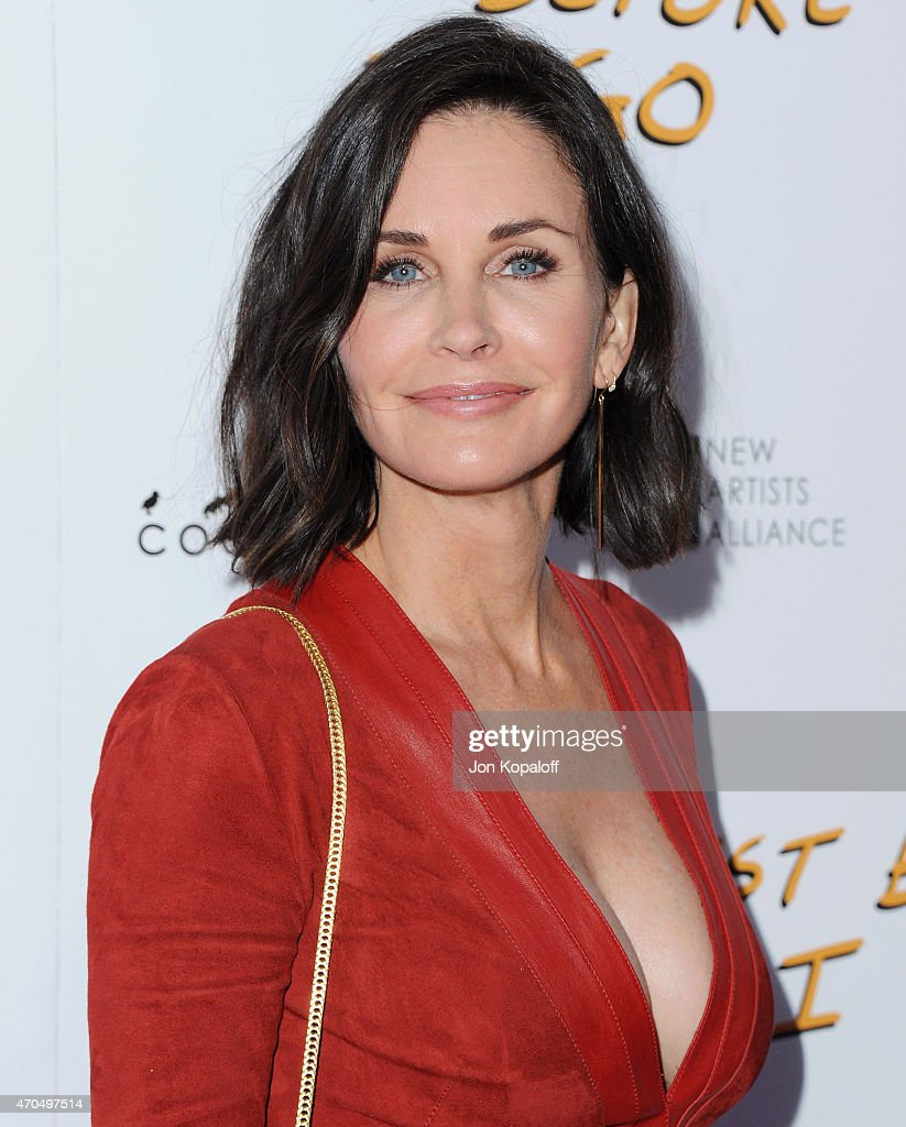 Director <a gi-track='captionPersonalityLinkClicked' href=/galleries/search?phrase=Courteney+Cox&family=editorial&specificpeople=203101 ng-click='$event.stopPropagation()'>Courteney Cox</a> arrives at the Los Angeles Special Screening of 'Just Before I Go' at ArcLight Hollywood on April 20, 2015 in Hollywood, California.