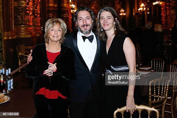 Director Daniele Thompson Actor Guillaumre Gallienne and his wife Amandine attend Weizmann Institute celebrates its 40 Anniversary at Opera Garnier...