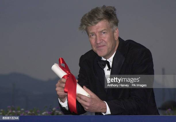 Director David Lynch with his award for Best Director at The Palais des Festivals Cannes for the closing ceremony of the 54th Cannes Film Festival...