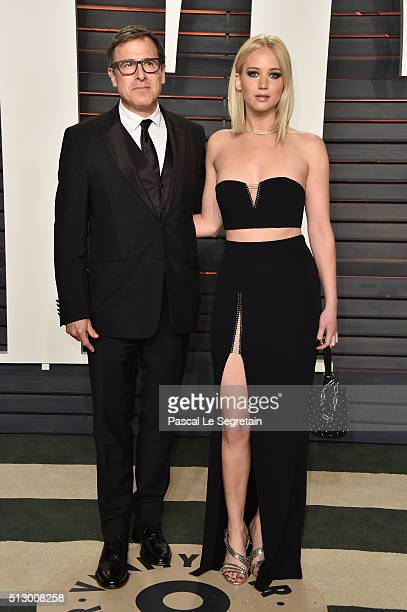 Director David O Russell and actress Jennifer Lawrence attend the 2016 Vanity Fair Oscar Party Hosted By Graydon Carter at the Wallis Annenberg...