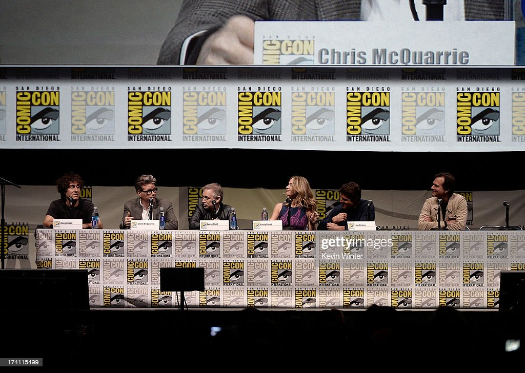 Director Doug Liman, writer Chris McQuarrie, producer Erwin Stoff, actors Emily Blunt, Tom Cruise, and Bill Paxton speak onstage at the Warner Bros. and Legendary Pictures preview of 'Edge Of Tomorrow' during Comic-Con International 2013 at San Diego Convention Center on July 20, 2013 in San Diego, California.