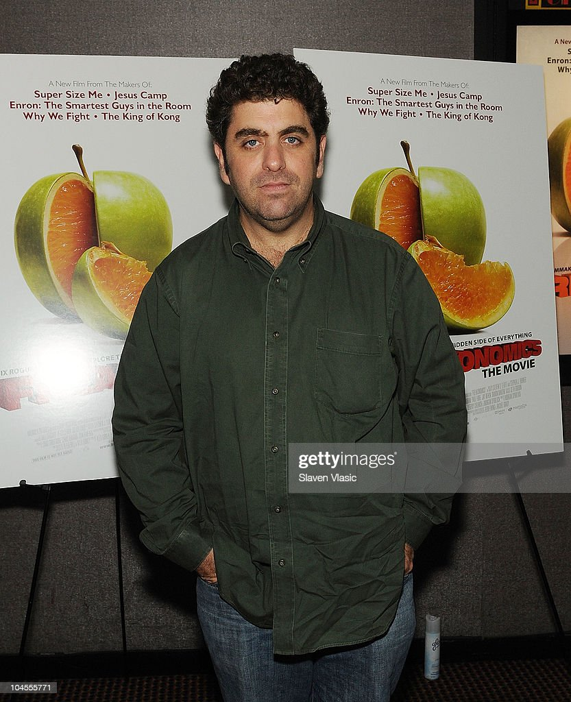 Director <a gi-track='captionPersonalityLinkClicked' href=/galleries/search?phrase=Eugene+Jarecki&family=editorial&specificpeople=221663 ng-click='$event.stopPropagation()'>Eugene Jarecki</a> attends the 'Freakonomics' premiere at Cinema 2 on September 29, 2010 in New York City.