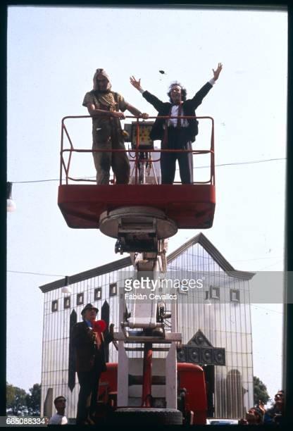 Director Federico Fellini and actor Roberto Benigni on the set of the 1989 film La Voce della Luna or The Voice of the Moon