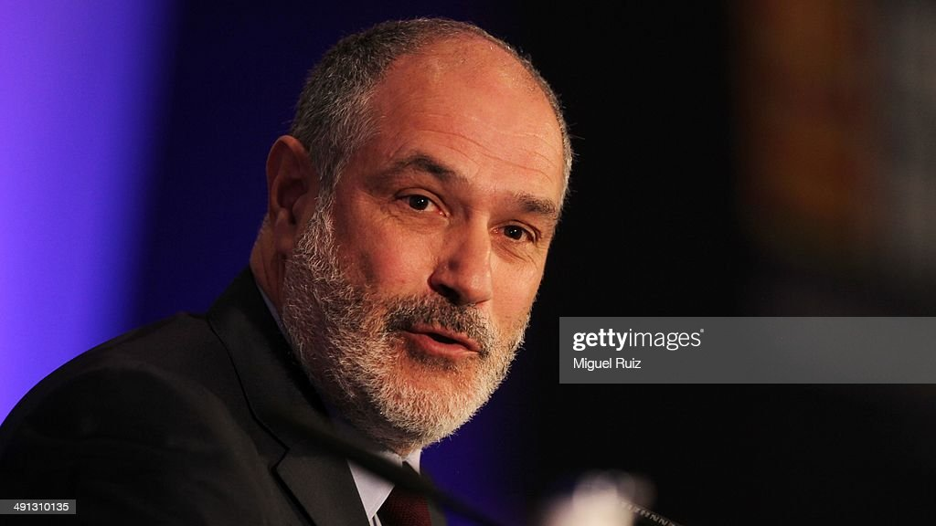 Director Football Sports Area <a gi-track='captionPersonalityLinkClicked' href=/galleries/search?phrase=Andoni+Zubizarreta&family=editorial&specificpeople=2380384 ng-click='$event.stopPropagation()'>Andoni Zubizarreta</a> gives a speech during the farewell press conference as Puyol leaves FC Barcelona at the Auditorium 1899 on May 15, 2014 in Barcelona, Spain.