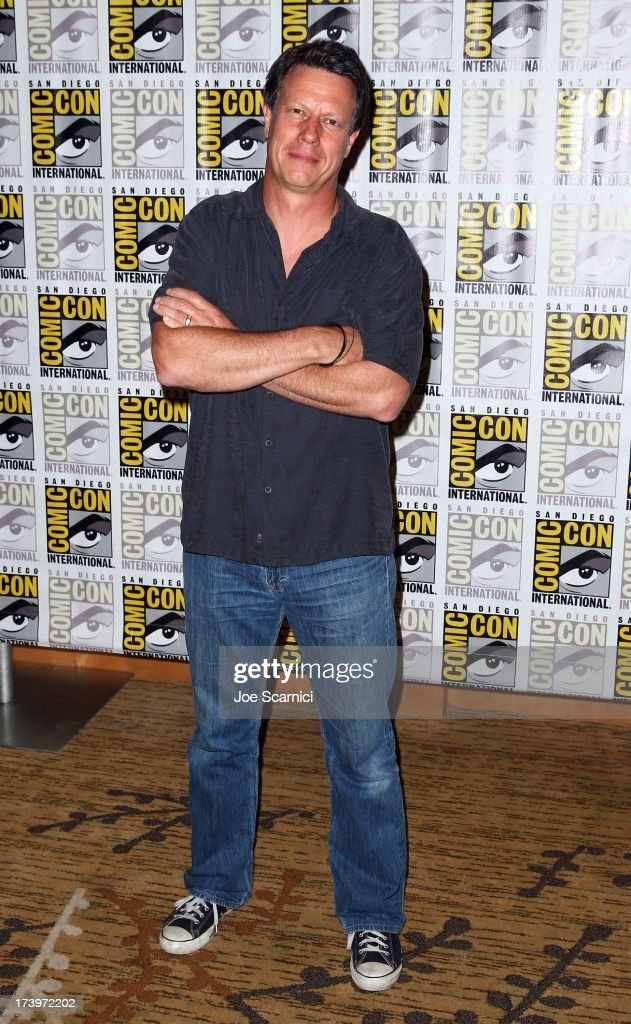 Director <a gi-track='captionPersonalityLinkClicked' href=/galleries/search?phrase=Gavin+Hood&family=editorial&specificpeople=667949 ng-click='$event.stopPropagation()'>Gavin Hood</a> attends 'Ender's Game' Comic-Con Press Line at San Diego Convention Center on July 18, 2013 in San Diego, California.