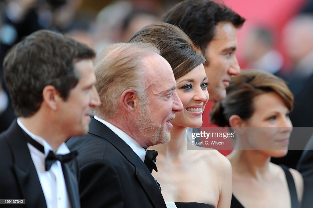 Director Guillaume Canet, James Caan, Marion Cotillard, Clive Owen and Lili Taylor attend the 'Blood Ties' Premiere during the 66th Annual Cannes Film Festival at the Palais des Festivals on May 20, 2013 in Cannes, France.
